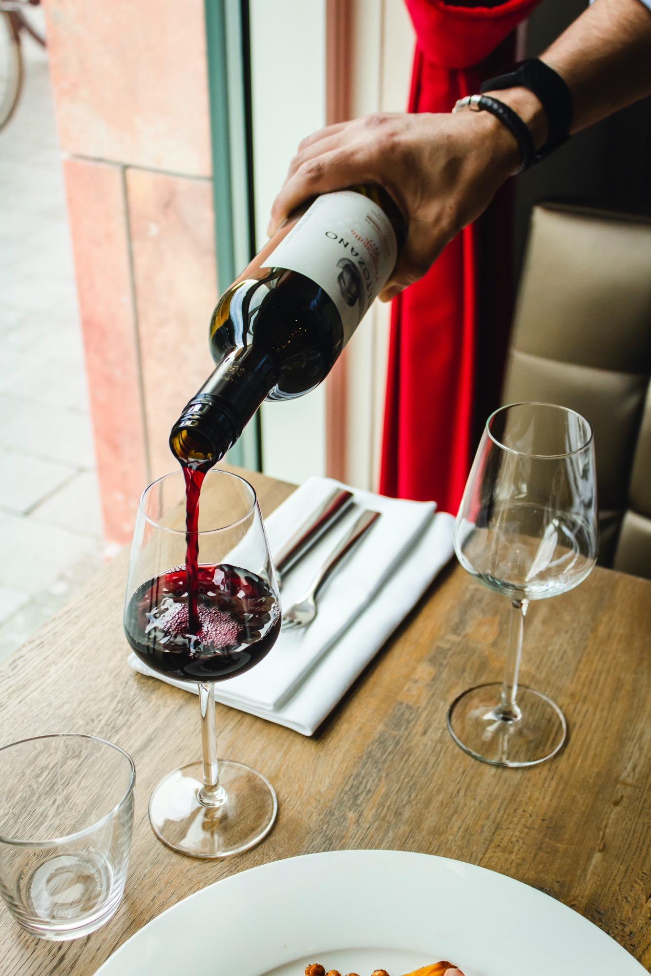 wines5-1591038651.jpg